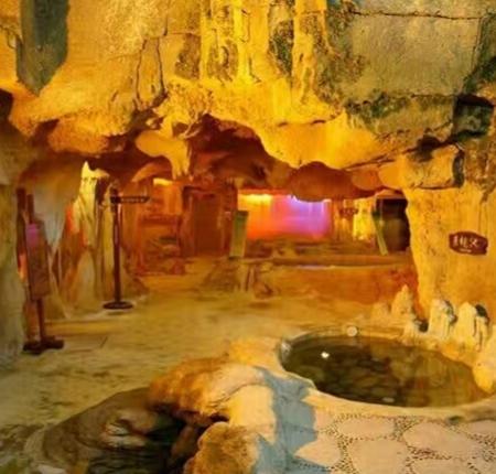 溶洞温泉施工